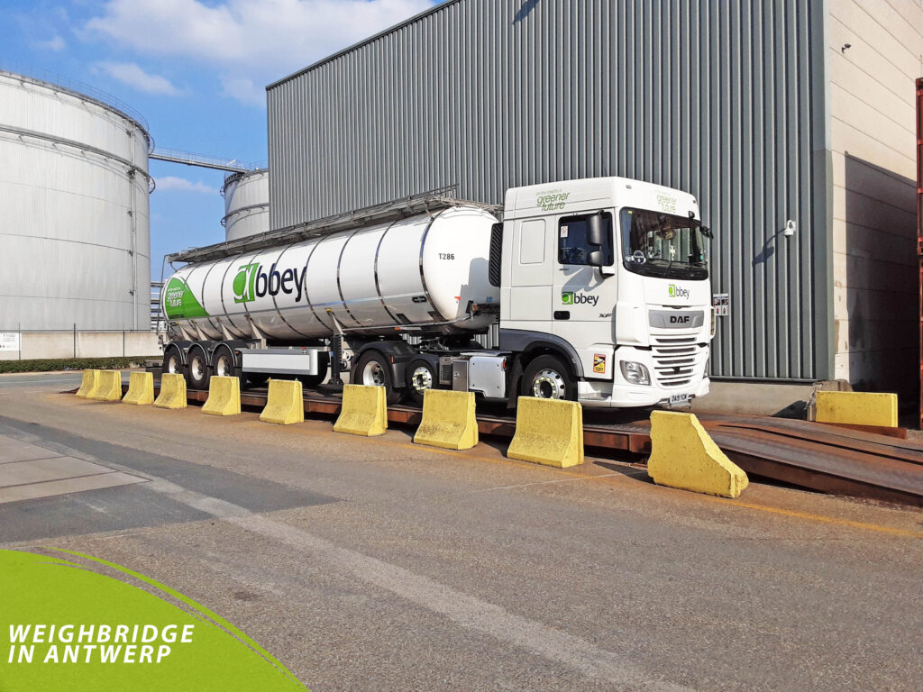 benefits of being an HGV driver